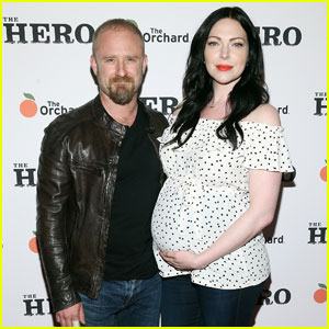 Laura Prepon Shows Off Growing Baby Bump With Ben Foster