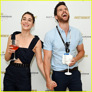 Lizzy Caplan & Tom Riley Are Peak Couple Goals in These Pics!