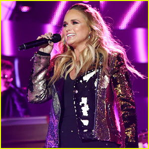 Miranda Lambert Hands Out 'Pink Sunglasses' During CMT Awards Performance!