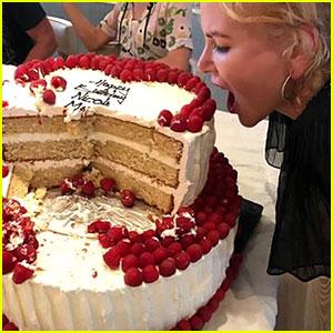 Nicole Kidman Celebrates 50th Birthday with Family