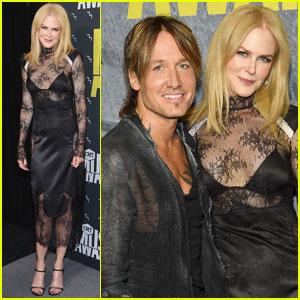 Nicole Kidman Breaking...