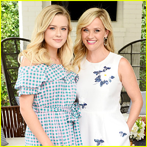 Reese Witherspoon's Daughter Ava Joins Her at Draper James & Net-a-Porter Event!