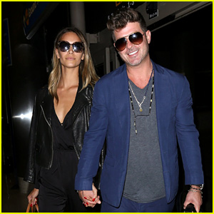 Robin Thicke & Girlfriend April Love Geary Are LAX Lovebirds!