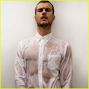 Rough Night's Ryan Cooper Leaves Nothing to the Imagination in Wet Underwear!