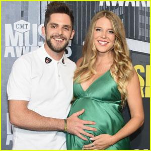 Thomas Rhett Cradles Pregnant Wife Lauren's Baby Bump at CMT Awards 2017