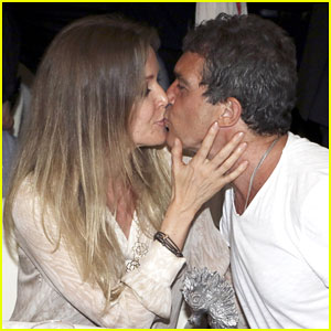 Antonio Banderas & Girlfriend Nicole Kimpel Flaunt PDA at Ischia Global Film & Music Fest!
