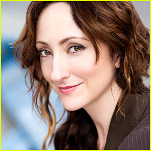 Tony Nominee Carmen Cusack to Reprise 'Bright Star' Role in Los Angeles!