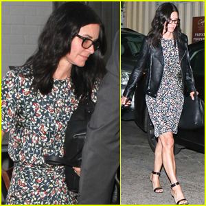 Courteney Cox Enjoys Dinner with Friends in WeHo