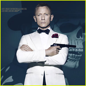 Daniel Craig to Return as James Bond, New Report Says!
