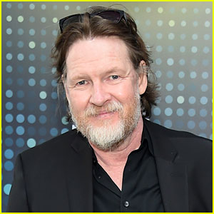 Gotham's Donal Logue Clarifies His Missing Daughter Is Not a Runaway