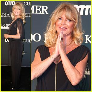 Goldie Hawn Hits Berlin For Guido Maria Kretschmer Fashion Show!