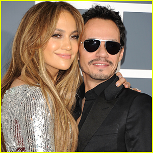 Jennifer Lopez Shares Sweet Photo of Ex Marc Anthony & All of His Kids After His Mom's Death