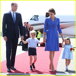 Kate Middleton & Prince William Touch Down in Germany with George & Charlotte!