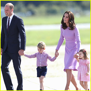 Kate Middleton & Prince Williams View Helicopters in Germany with George & Charlotte!