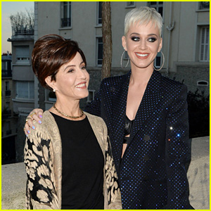 Katy Perry Brings Mom to Paris, Talks Dad's Changing Political Views