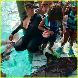 Mariah Carey, Bryan Tanaka, & Her Twins Swim With Sharks!