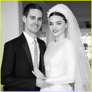 Miranda Kerr & Evan Spiegel Pose in Wedding Photos for 'Vogue'