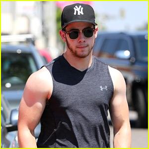 Nick Jonas Bares Buff Biceps & Farmer's Tan After a Workout