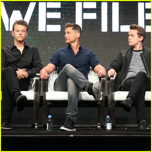 Rob Lowe Says He Once Communicated With a Ghost!
