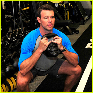 Scandal's Scott Foley Takes Us Into His Workout with Gunnar Peterson