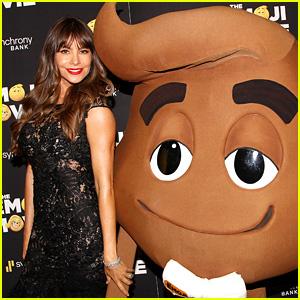 Sofia Vergara Poses with Poop Emoji at 'Emoji Movie' Screening