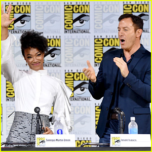 'Star Trek: Discovery' Trailer Debuts During Comic-Con Panel!