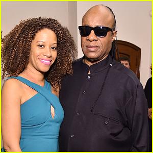 Stevie Wonder Marries Tomeeka Robyn Bracy!