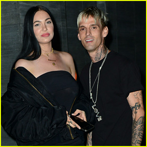 Aaron Carter Dines Out with 'Close Friend' Porcelain Black