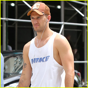 Alex Pettyfer Leaves the Gym Baring His Biceps in a Tank Top