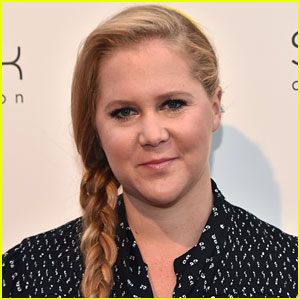 Amy Schumer to Make Broadway Debut in Steve Martin's 'Meteor Shower'