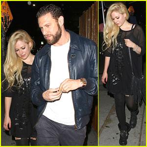 Avril Lavigne Finds Long Lost Twin - Evan Rachel Wood!