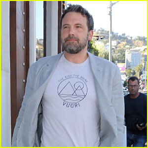 Ben Affleck Celebrates 45th Birthday at Dinner with His Kids!