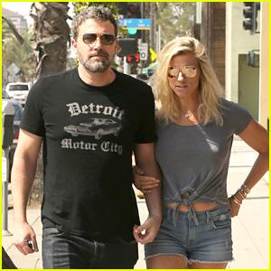 Ben Affleck & Lindsay Shookus Grab a Saturday Morning Breakfast in Santa Monica
