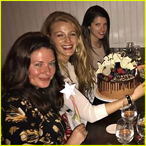 Blake Lively Celebrates 30th Birthday with Anna Kendrick & More Friends!