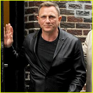 Daniel Craig Looks Suave for 'Colbert' Taping!