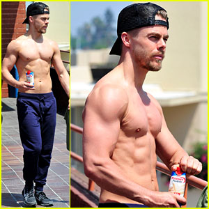 Derek Hough Puts Shirtless Defined Body on Display at the Gym!