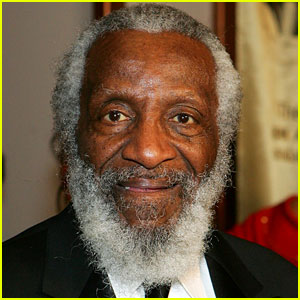 Celebrities Mourn Dick Gregory After His Death - Read the Tweets