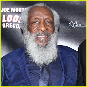 Dick Gregory Dead - Stand-Up Comic & Civil Rights Activist Passes Away at 84