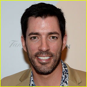 'Dancing with the Stars' Officially Confirms Drew Scott as First Contestant!