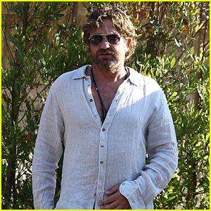 Gerard Butler Has a Night Out in Malibu