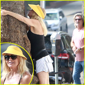Goldie Hawn Hugs a Tree While Kurt Russell Watches!