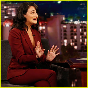 Jenny Slate Explains How a Psychic & Gloria Estefan Helped Her Get a Job at 'SNL'