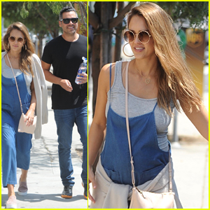 Pregnant Jessica Alba Enjoys Family Outing in LA