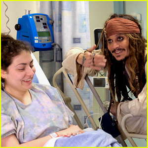 Johnny Depp Dresses as Jack Sparrow to Visit Children's Hospital!