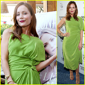 Leslie Mann Is Making Us Green with Envy in Pucci!