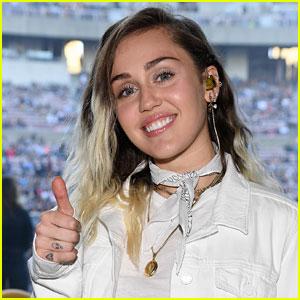 Miley Cyrus Announces New Album 'Younger Now'!