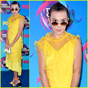 Millie Bobby Brown Brightens Up the Teen Choice Awards 2017 Blue Carpet
