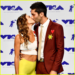Catfish's Nev Schulman Wears Star of David to MTV VMAs 2017