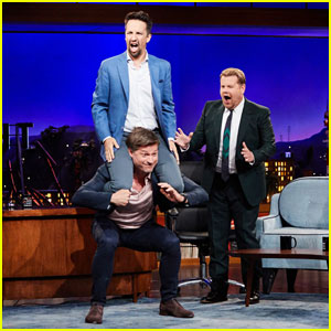 Nikolaj Coster-Waldau Does A Squat with Lin-Manuel Miranda on His Back On 'Late Late Show'!