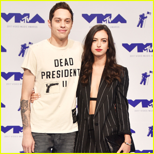 Pete Davidson Brings Girlfriend Cazzie David To Mtv Vmas 2017 2017 Mtv Vmas Cazzie David Mtv Vmas Pete Davidson Just Jared